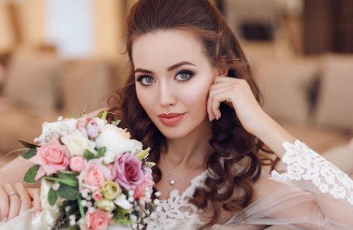 Супруга Тарасова попросила прощения у мамы за то, что позабыла о близких