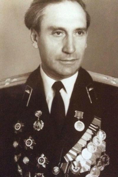 Родственники Максима Галкина отдали службе в армии 100 лет