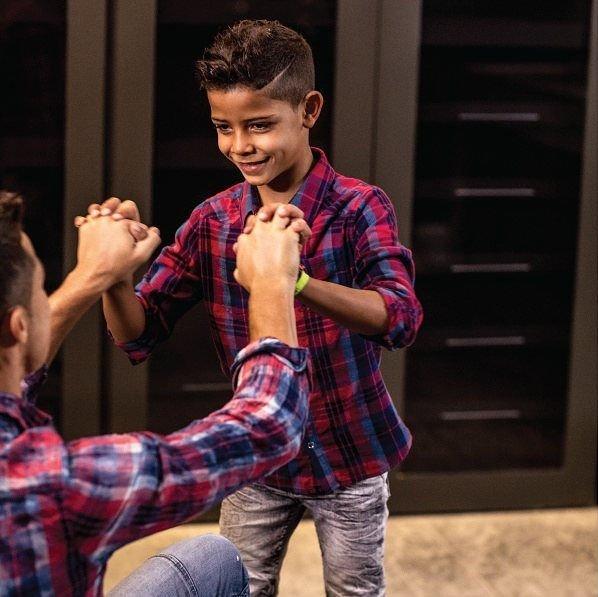 Старший сын Криштиану Роналду начинает модельную карьеру