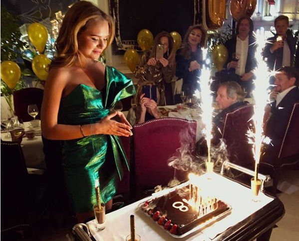 Дмитрий Маликов не пожалел своих денег на любимых женщин