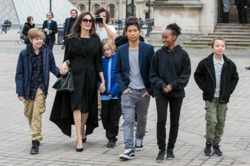 Анджелина Джоли встретилась с женой президента Франции Бриджит Макрон