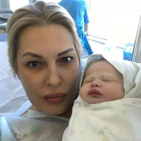 Звезды «Битвы экстрасенсов» Елена Ясевич вновь стала мамой