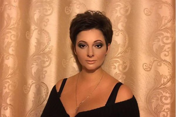 Солистка «Непары» Виктория Талышинская после родов сильно поправилась