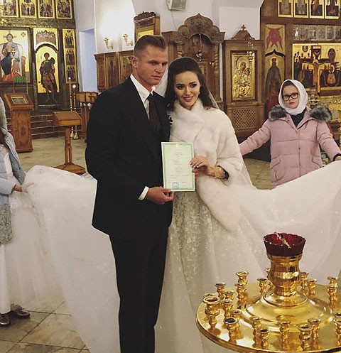 Супруга Дмитрия Тарасова: «Я обвенчалась один раз и на всю жизнь»