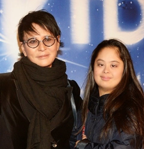 Болезнь дочери довела Ирину Хакамаду до слез