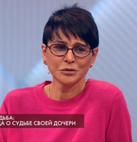 Ирина Хакамада рассказала о борьбе с раком у «особенной» дочери