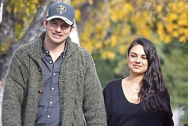 Эштон Катчер и Мила Кунис были замечены во время совместной прогулки