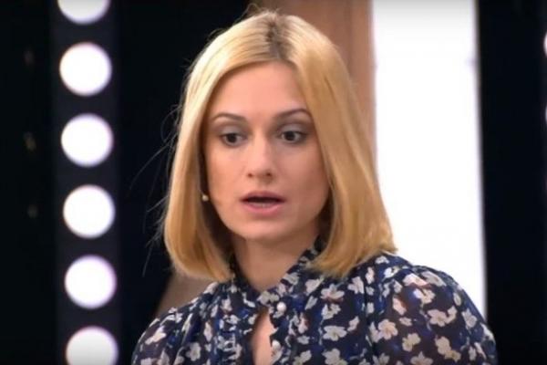 Карина Мишулина уволена из театра
