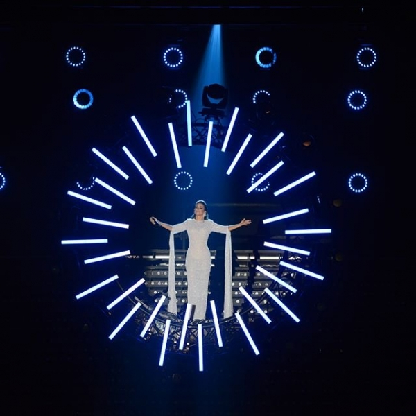 Концертные наряды Ани Лорак подверглись жесткой критике