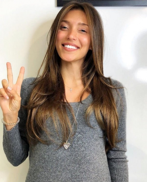 Регина Тодоренко вернулась к натуральному цвету волос