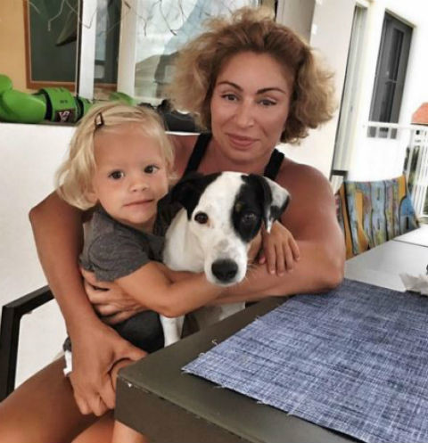 Мама Тимати испытывает неловкость за ребенка