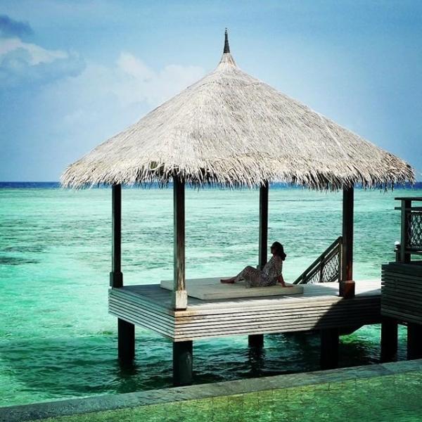 70-летняя София Ротару показала пляжный снимок с Мальдив