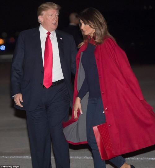 Мелания Трамп отказалась фотографироваться с супругом