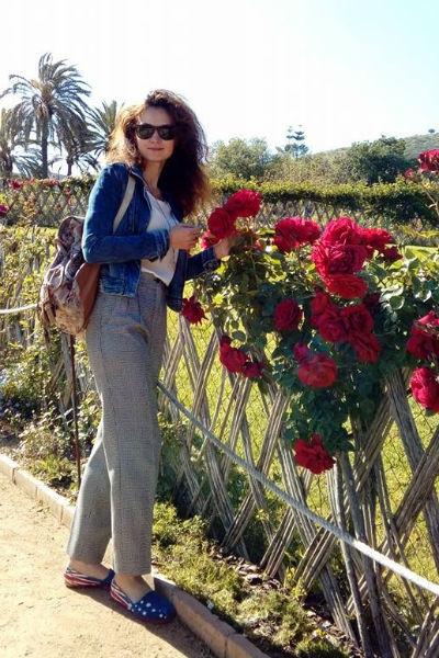 14-летняя внучка Ивана Краско вынуждена работать