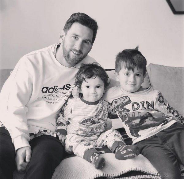 Лионель Месси принимает поздравления с рождением третьего ребенка
