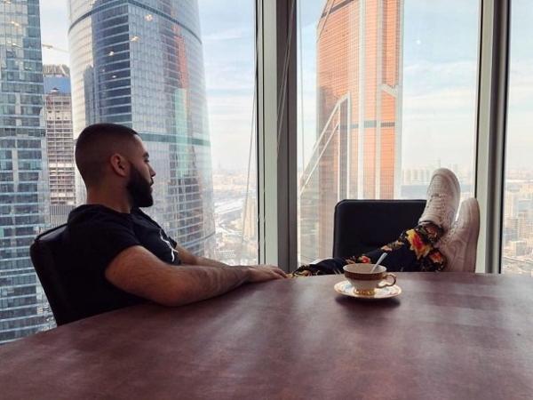 Рэпер Джоззи готовится снимать клип на песню «Твои глаза»