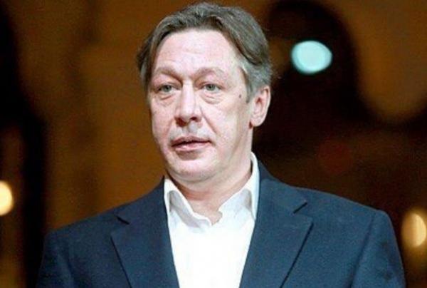 Пьяный Михаил Ефремов со сцены начал посылать матом зрителей и сорвал спектакль