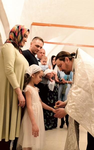 Эдгард Запашный крестил сына и дочь
