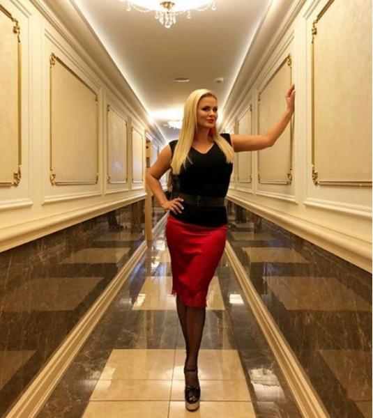 Анна Семенович опубликовала горячий снимок