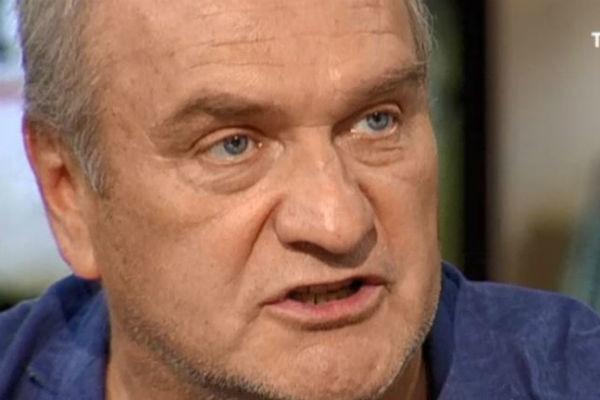 Александр Балуев признался, что пытается избавиться от детских комплексов