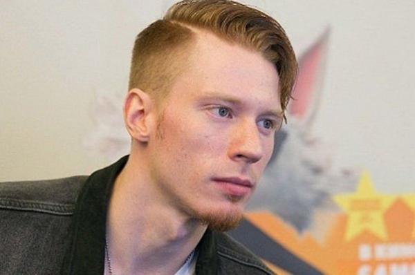Никита Пресняков попросил фанатов старшего поколения не учить его жизни