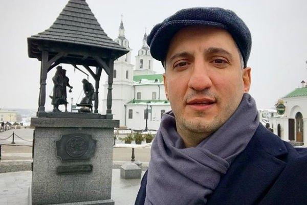 Арарат Кещян старается сохранить свою семья