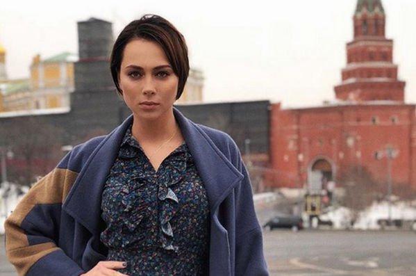 Настасья Самбурская возмущена небольшой зарплатой своих коллег