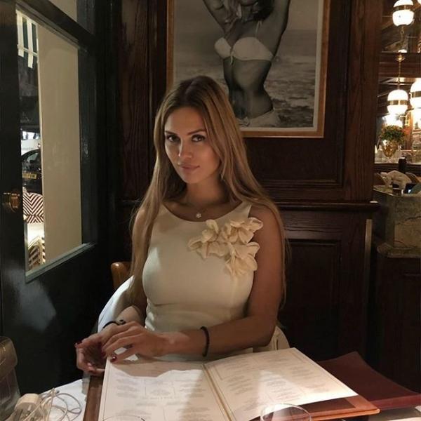 Виктория Боня оскорбила подписчиков из-за скандала со снимком в дни траура по погибшим в Кемерово