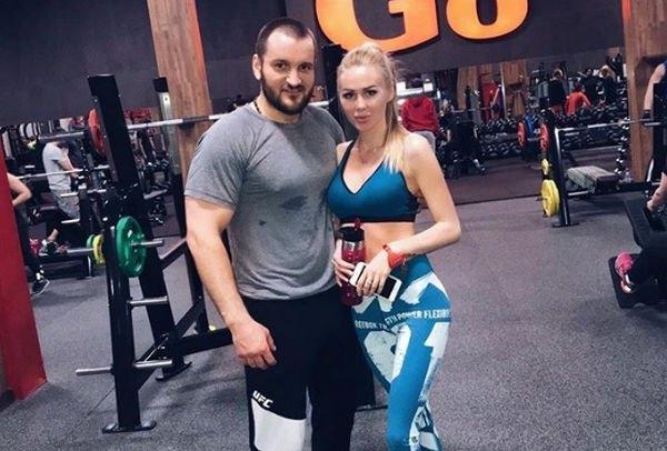 Супруга Алексея Самсонова намерена обратиться к психологу, чтобы решить семейные проблемы