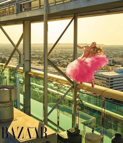 Дженнифер Лопес привела в восторг снимками из экстремальной фотосессии