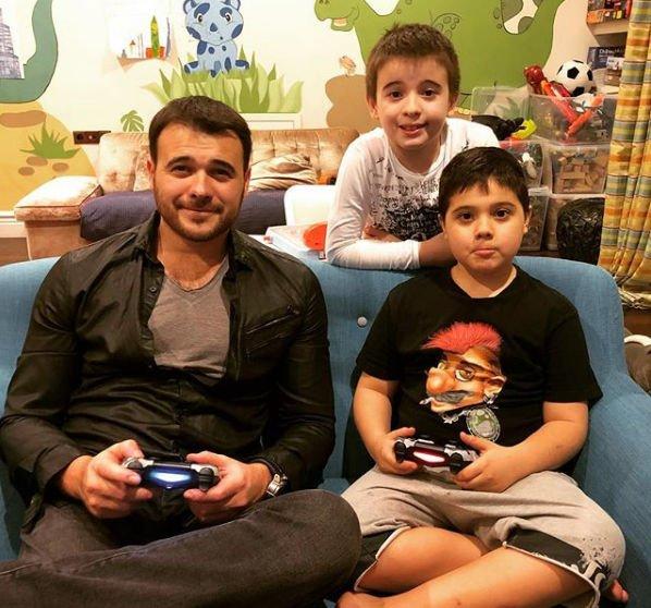 Эмин Агаларов опубликовал трогательный снимок с детьми