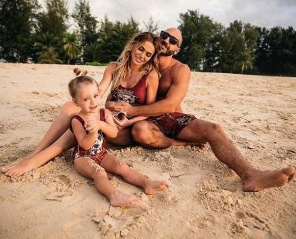 Супруг Анны Хилькевич ответил на новость о втором малыше