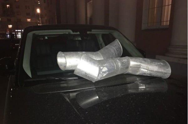 Тимур Батрутдинов пожаловался на то, что кто-то изуродовал его дорогую машину
