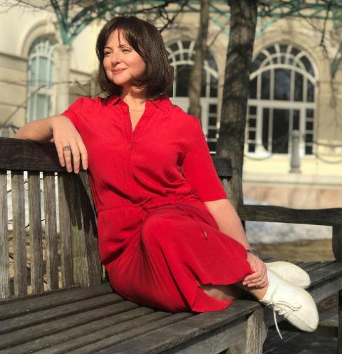 Анна Банщикова бросила третью дочь ради работы