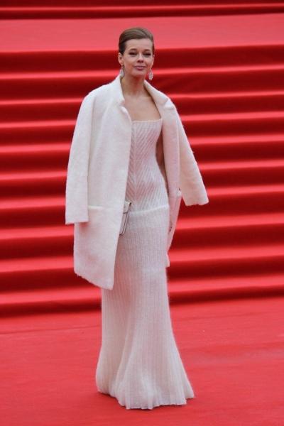 Екатерина Шпица в необыкновенном вязаном платье на ММКФ-2018