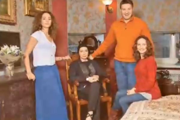 Татьяна Васильева покупает квартиры внукам, чтобы помириться с невесткой