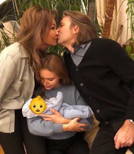 Стало известно имя новорожденного сына Дмитрия Маликова