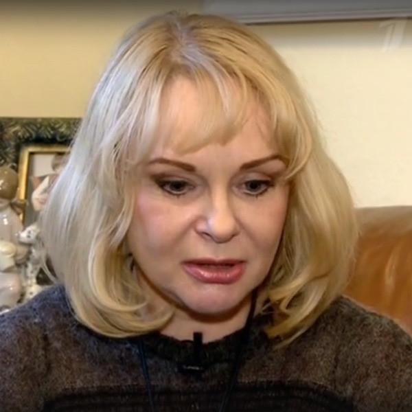 Вдова Евгения Евстигнеева отдала квартиру в центре Москвы его пасынку