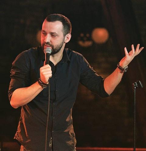 Звезда Comedy Club Руслан Белый сбежал от разъяренных башкирцев