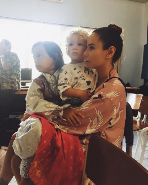 Айза и Гуф устроили публичные разборки из-за ребенка