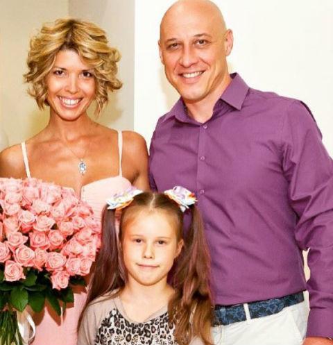 Сотрудники «скорой» отказались госпитализировать беременную жену Дениса Майданова