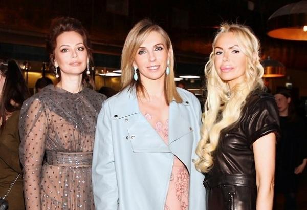 Алиса Лобанова, Светлана Бондарчук и Ирина Безрукова отличились на вечеринке HELLO!