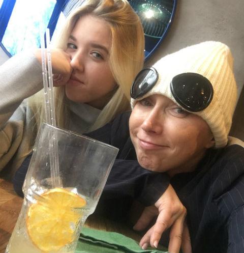 Елена Воробей об операции дочери: «Ей было больно спать, тяжело дышать»