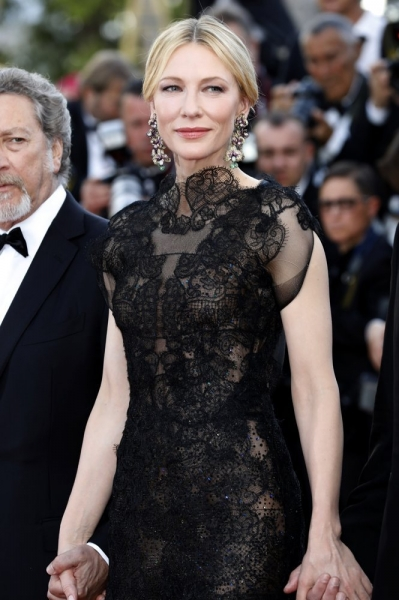 Кейт Бланшетт и Пенелопа Крус поразили Канны кружевными платьями
