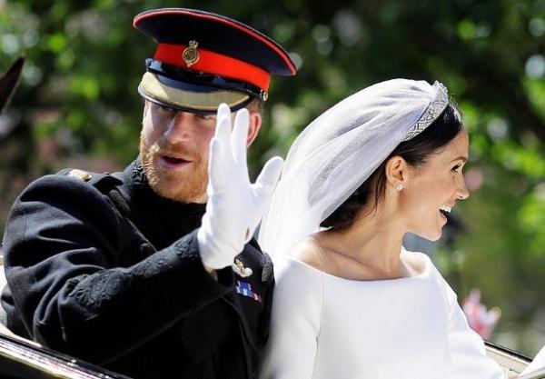 Весь мир обсуждает фото и видео со свадьбы принца Гарри и актрисы Меган Маркл