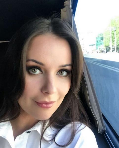 Оксана Федорова призналась, что ей помогает сохранять роскошный внешний вид