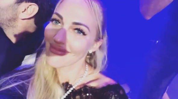 Мерьем Узерли испортила свое лицо уколами красоты