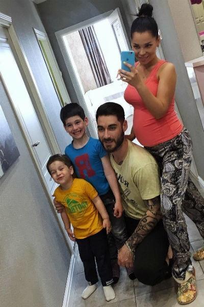 Юлия Салибекова готовится стать мамой в третий раз