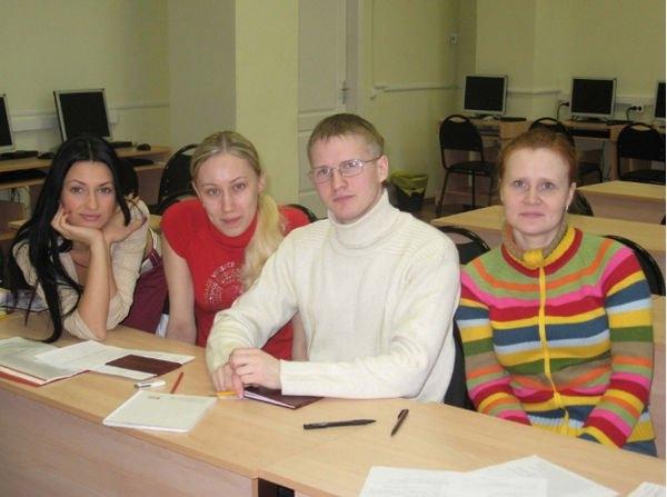 Евгения Феофилактова опубликовала юношеские снимки