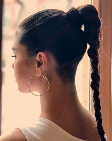 Селена Гомес кардинально изменила длину волос